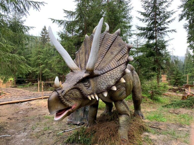 Парк живих динозаврів Буковель - ціна, адреса | ПоМандруй
