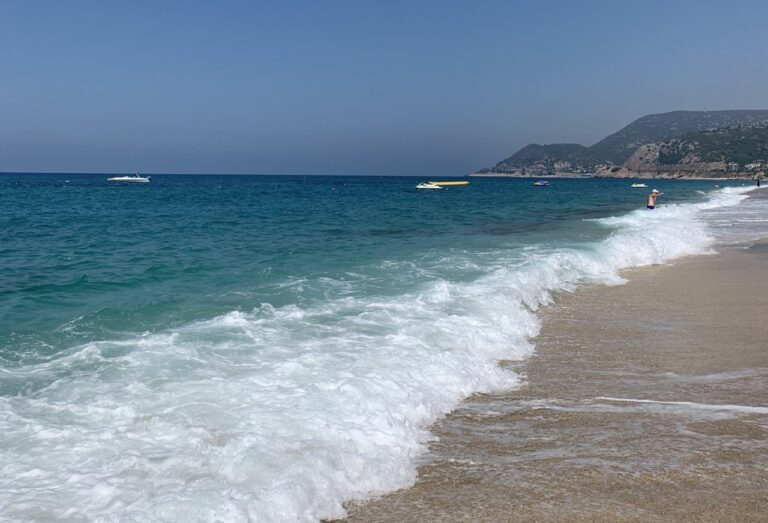 Пляж Клеопатри